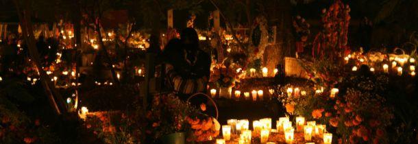 ancestor-altar-dia-de-los-muertos-fAnsk