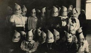 scary-vintage-halloween-costumes-creepy-children