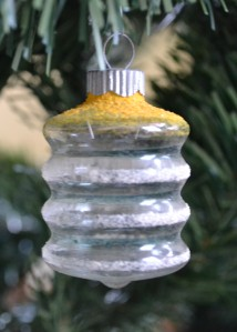 clear-glass-world-war-two-christmas-shiny-brite-ornament