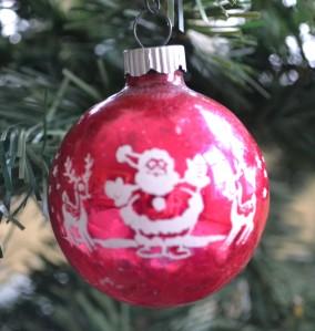 santa-shiny-brite-ornament