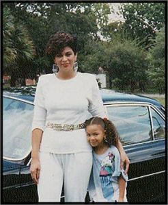 Tina Knowles with her young daughter, Beyonce.